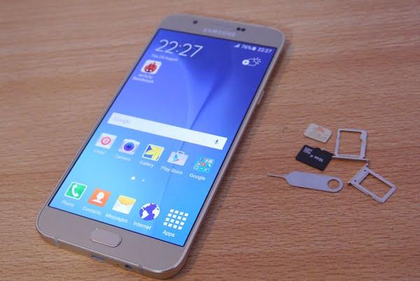 Come procedere se il telefono cellulare è caduto si acqua - Immagine 3 - Professor-falken.com