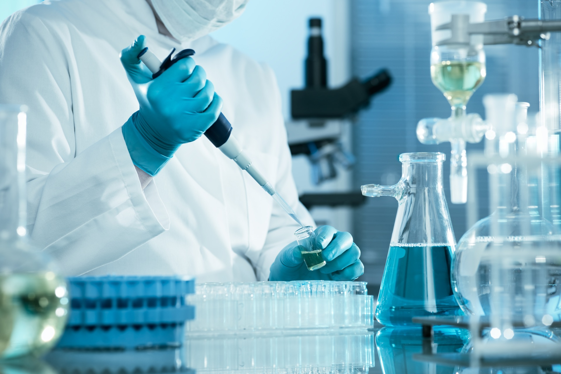 Εργαστήριο, Έρευνα, Χημεία, ιατρική, Επιστήμη, σιφώνιο, φιάλη των, δοκιμαστικό σωλήνα, γάντια, τα χέρια - Wallpapers HD - Professor-falken.com