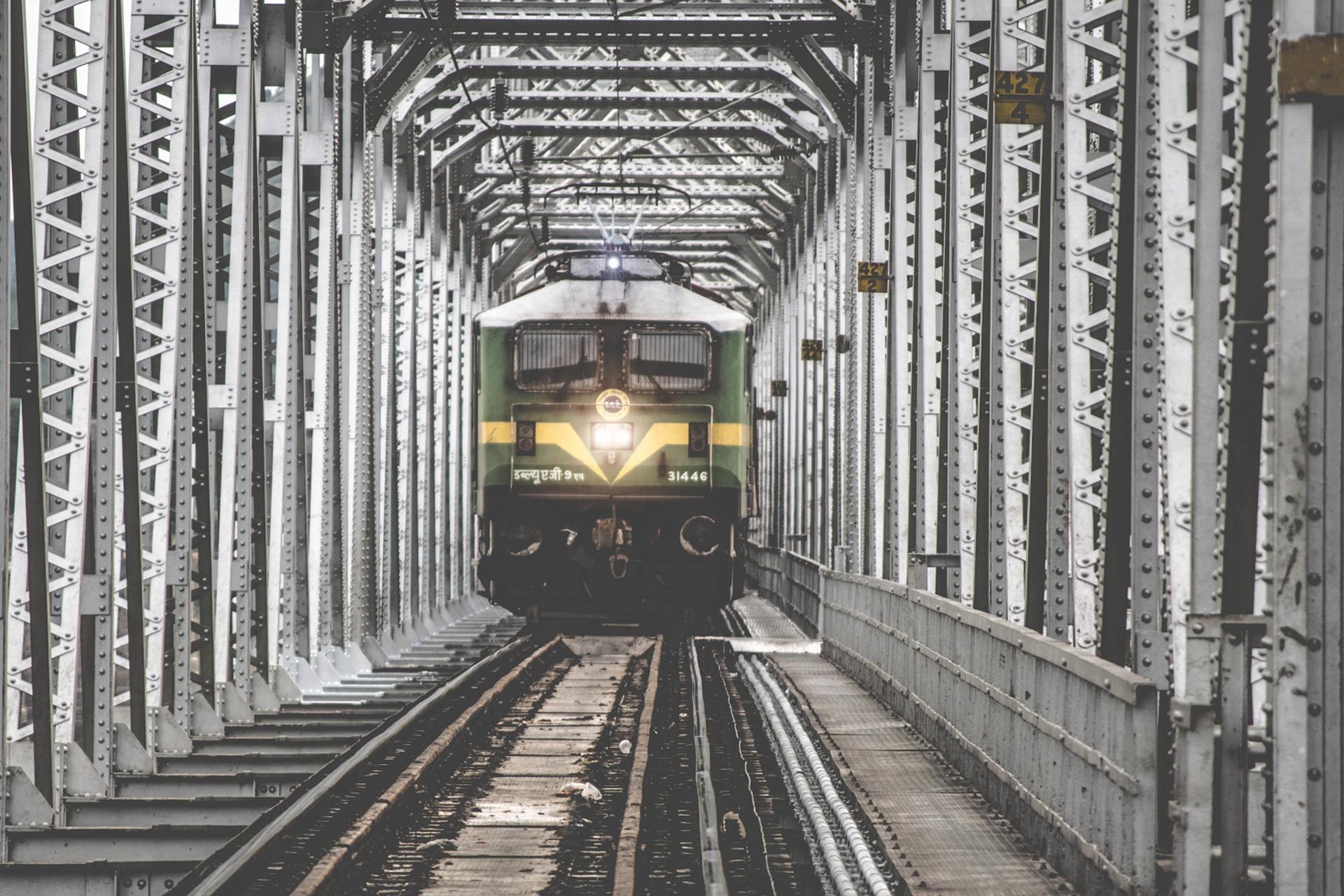 поезд, мост, железная дорога, Индия, движение - Обои HD - Профессор falken.com