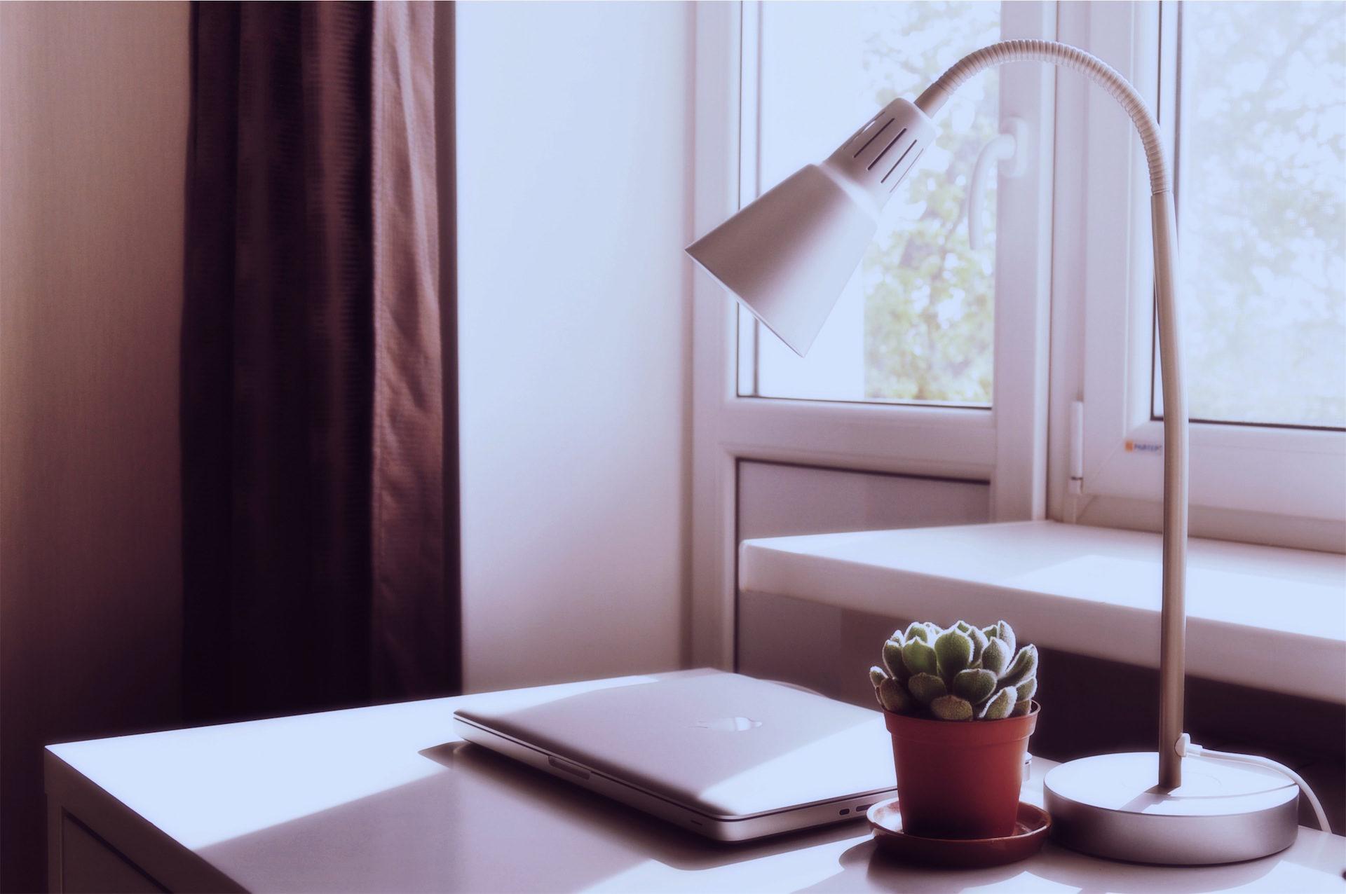 лампа, Кактус, компьютер, Таблица, Рабочий стол - Обои HD - Профессор falken.com