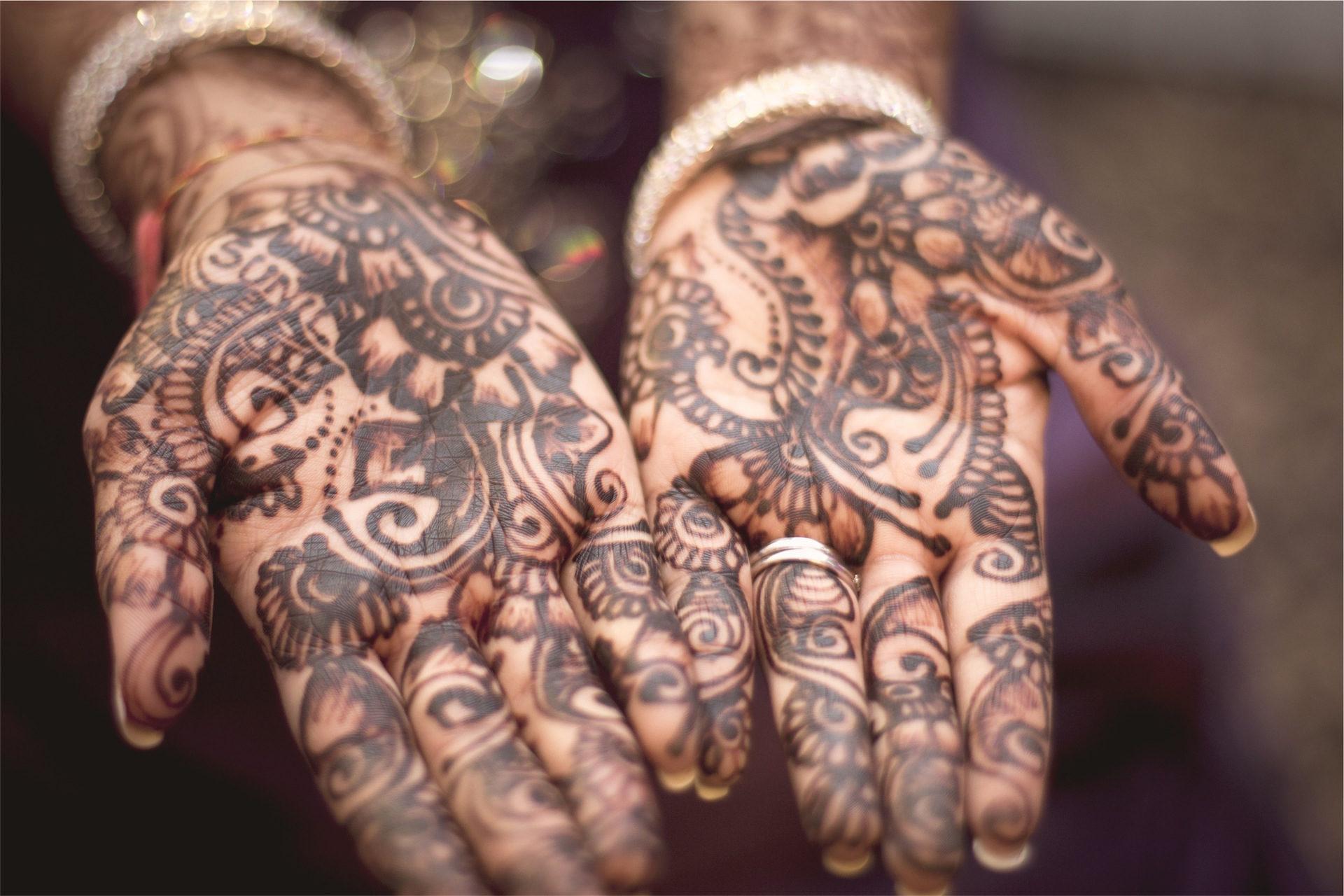 τα χέρια, τατουάζ, βραχιόλια, τα καρφιά, τελετές - Wallpapers HD - Professor-falken.com